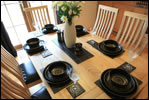 Inganess Lodge dining set